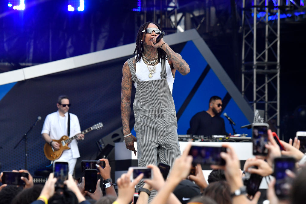 Wiz Khalifa Parties With Strippers During Super Bowl Weekend, Following Police Scuffle
