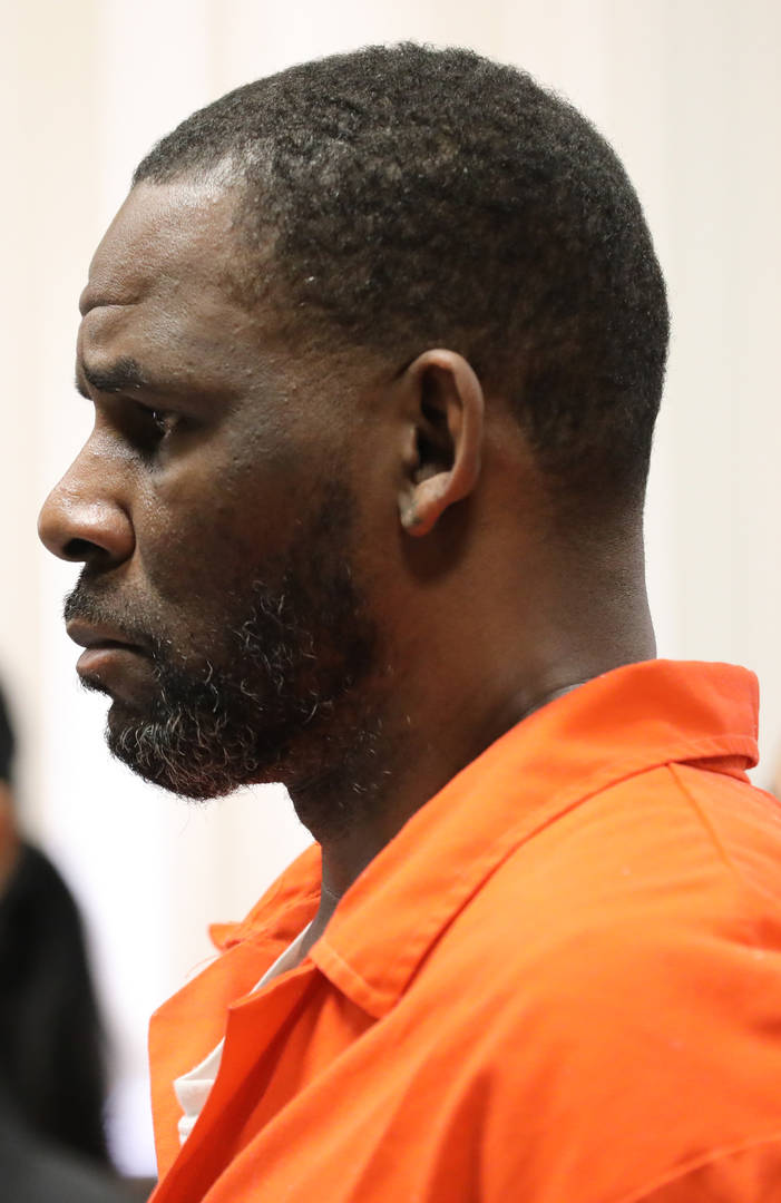R. Kelly Reportedly Granted Bail Hearing