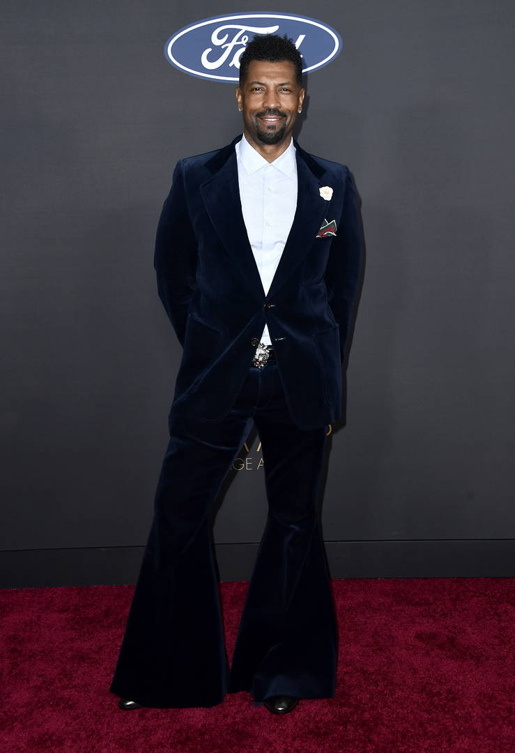 Snoop Dogg Deon Cole bell bottoms hate 2020 NAACP Image Awards outfit getup criticism backlash death threats