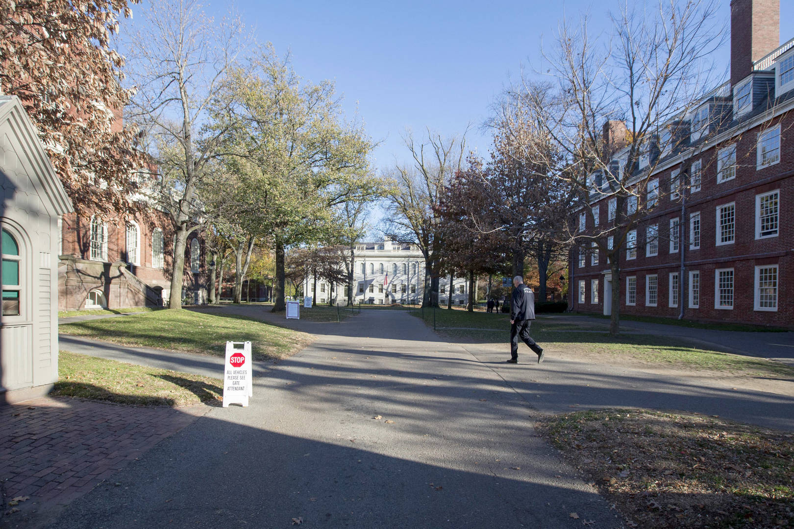 Coronavirus Harvard University Shutdown Lockdown Evacuation