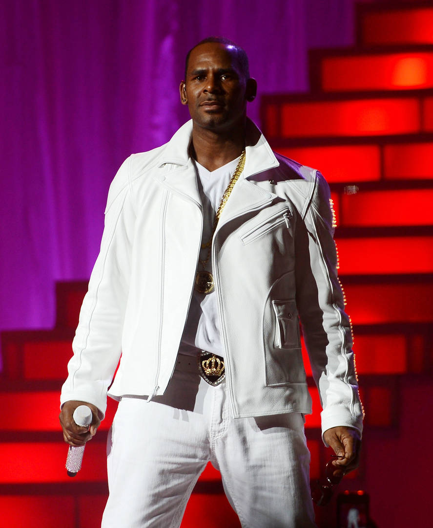 R. Kelly's New Accusers Turn Over Loads Of Evidence: Report