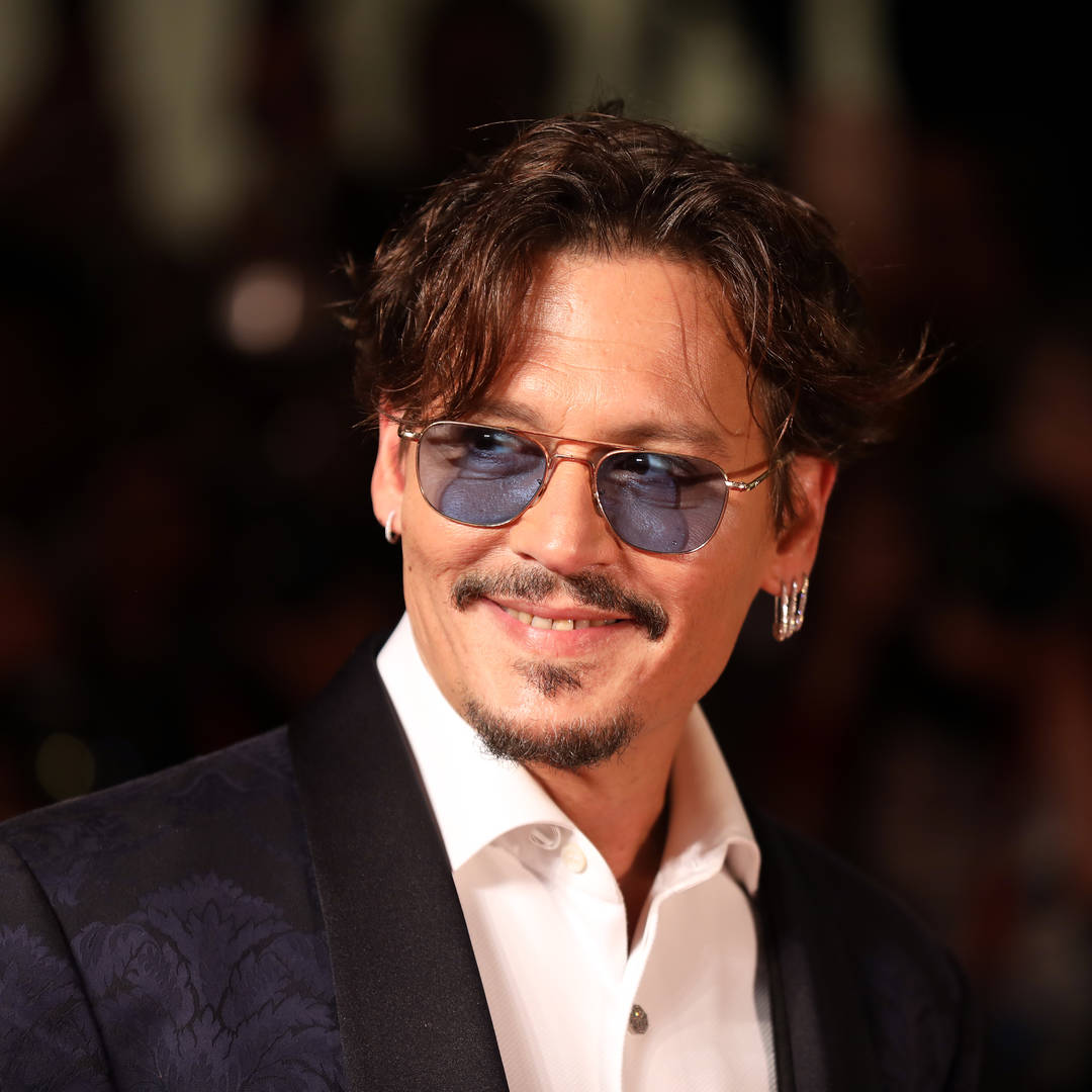 Johnny depp instagram social media join account first time quarantine fans reach out