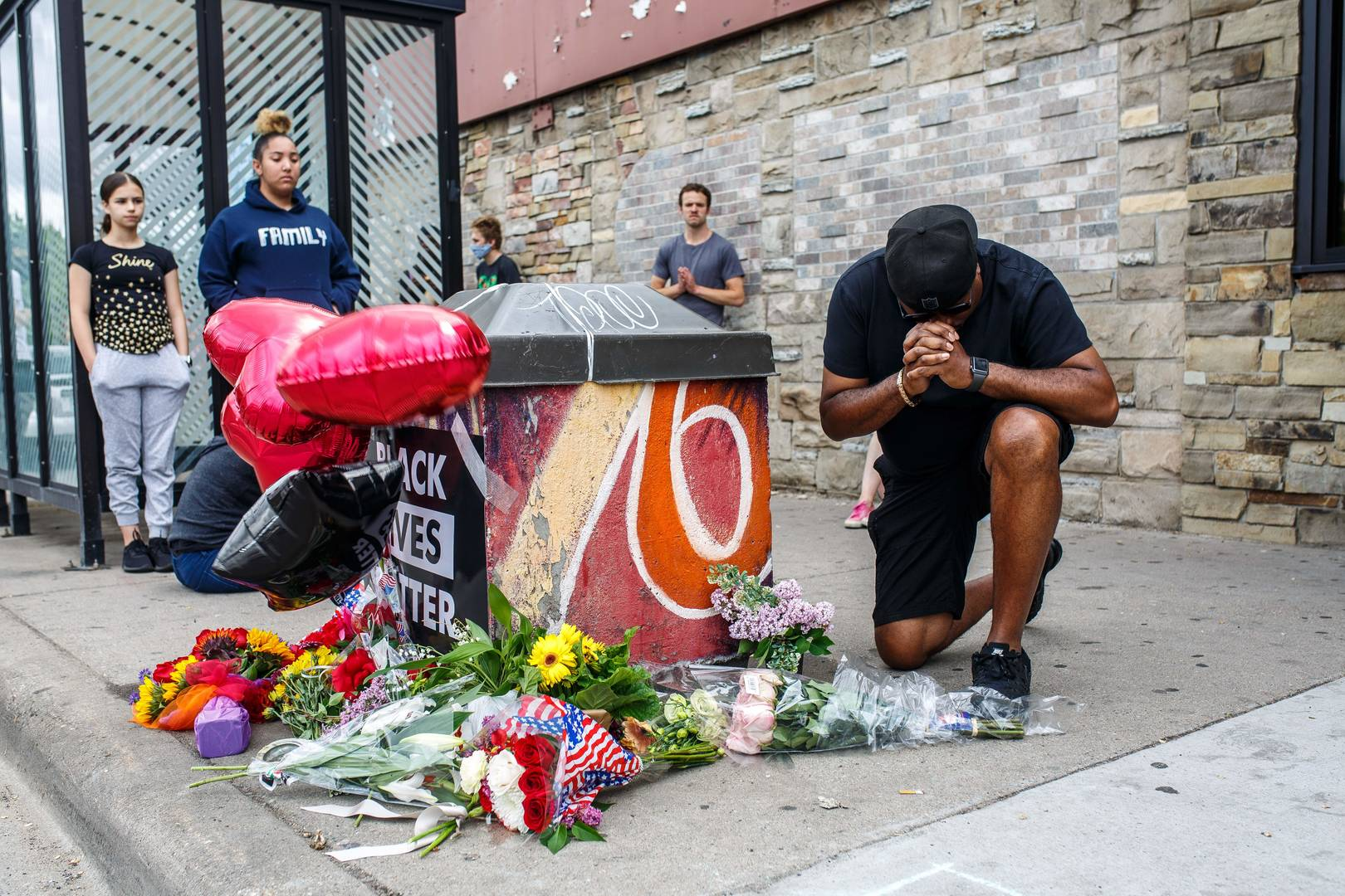 Minneapolis Police Officers Involved In Death Of George Floyd Fired
