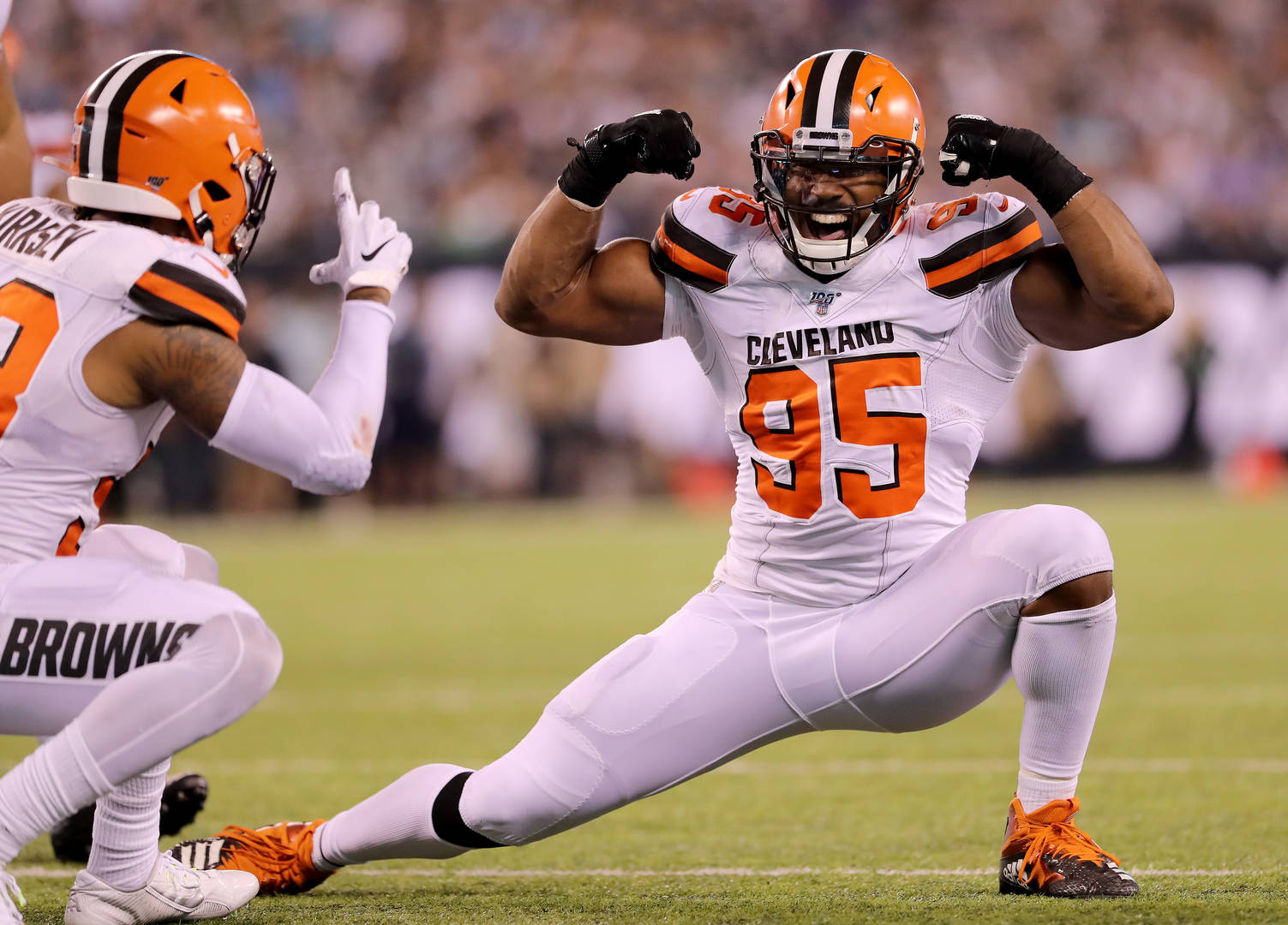 Myles Garrett's extension with Browns includes $100M guaranteed, most for defensive player