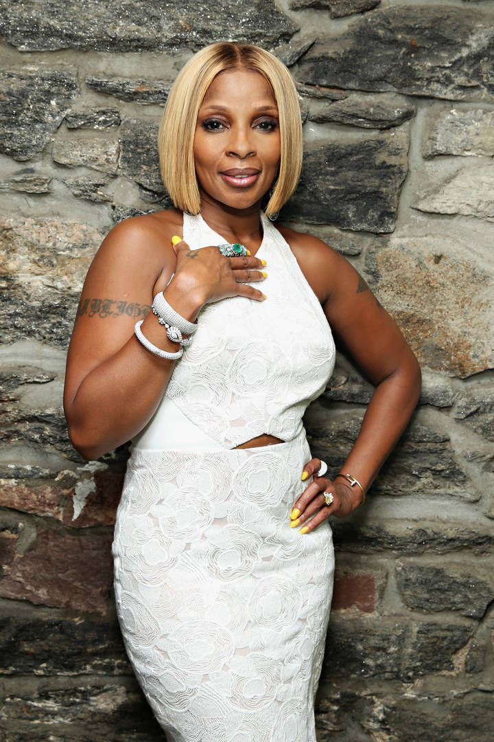 Mary J. Blige, Auntie, Hip Hollywood