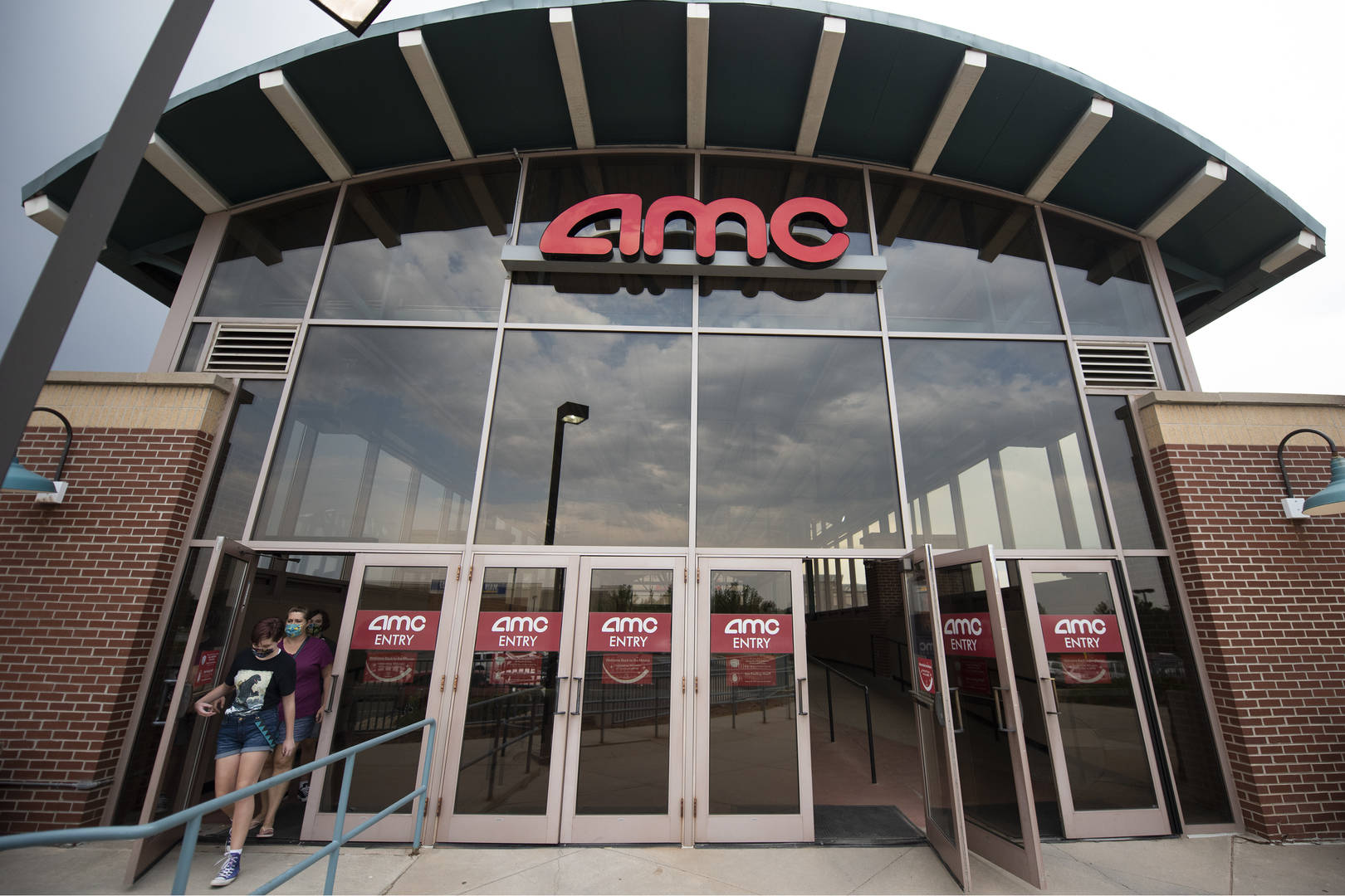 Here's how you can rent out a theater for $99 at AMC