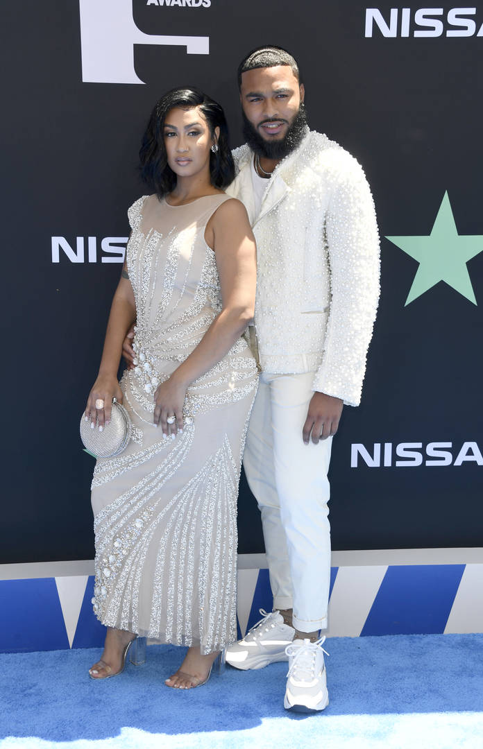 Queen Naija, Clarence White, Bitter, Chris Sails