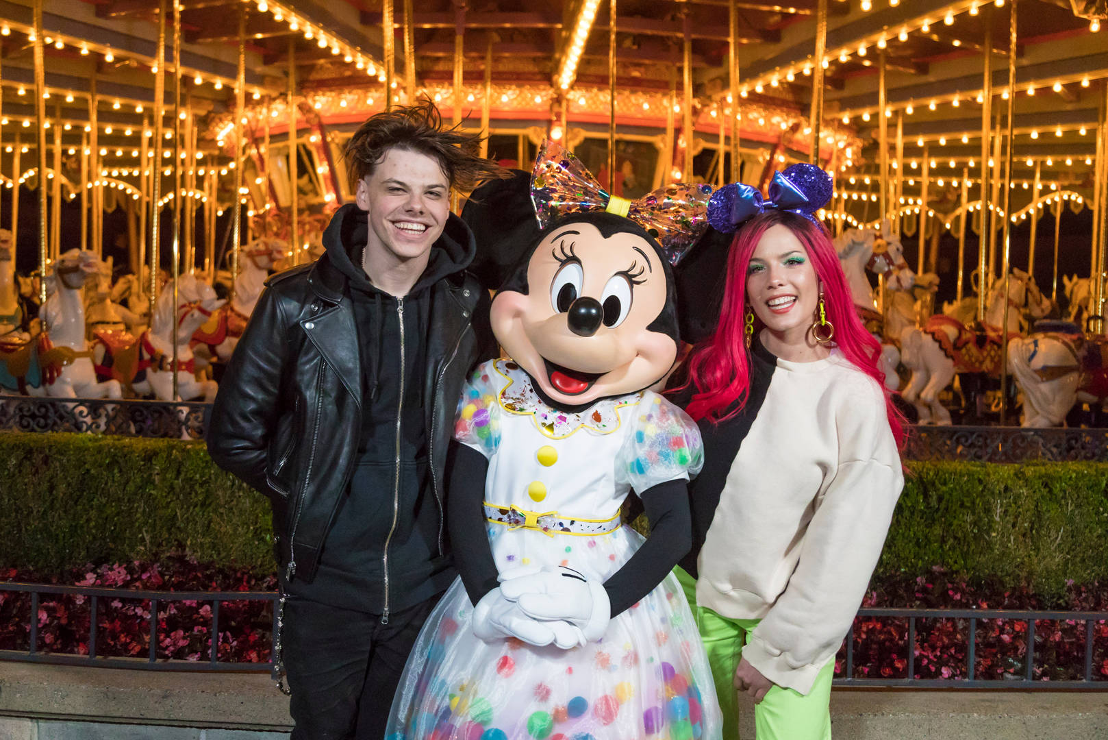 Halsey, Yungblud, Abuse, Drugs, Disneyland