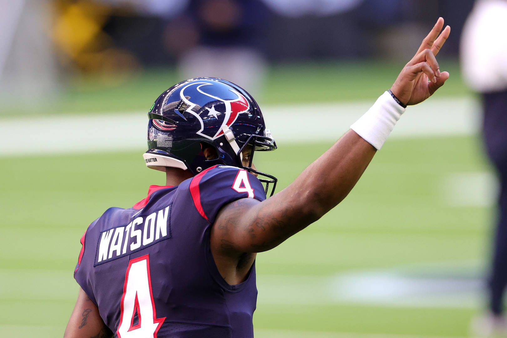 Texans should not trade Deshaun Watson before 2021 NFL Draft