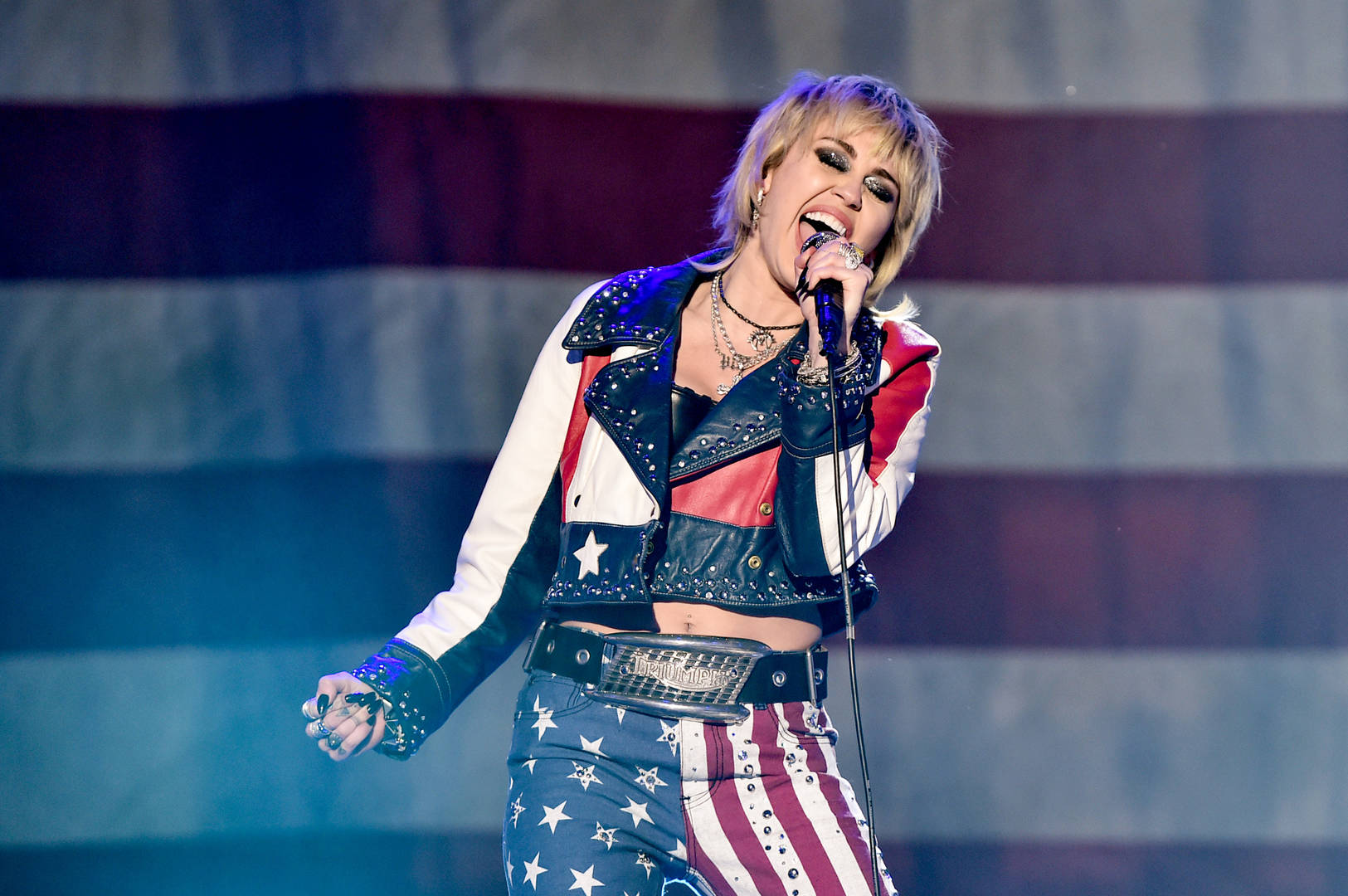 Miley Cyrus joins Super Bowl show