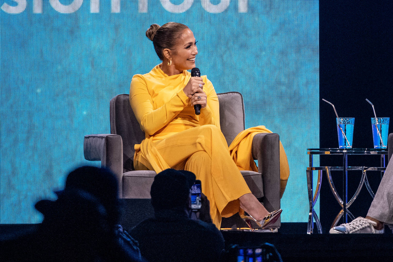 Jennifer Lopez Spotted Without Engagement Ring Amid Breakup Rumors