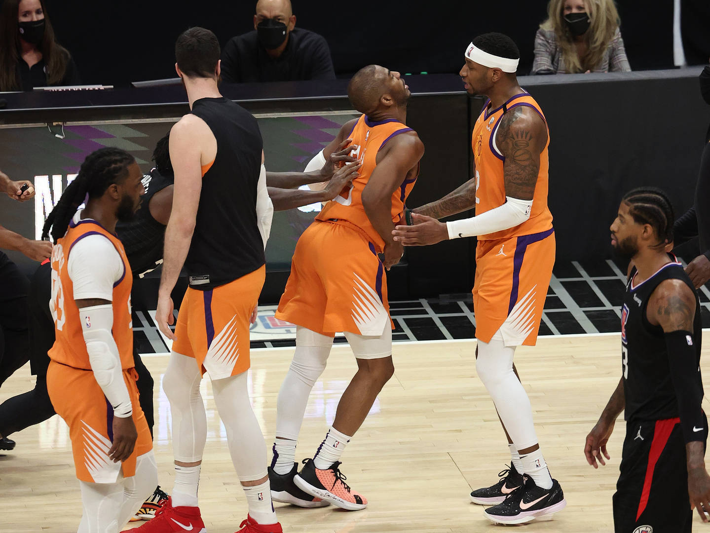 Suns, Clippers, Fight