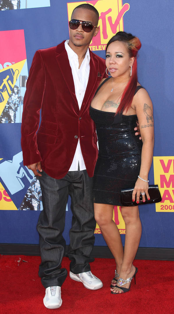 Rapper T.I. and Tiny arrive at the 2008 MTV Video Music Awards at Paramount Pictures Studios on September 7, 2008 in Los Angeles, California.