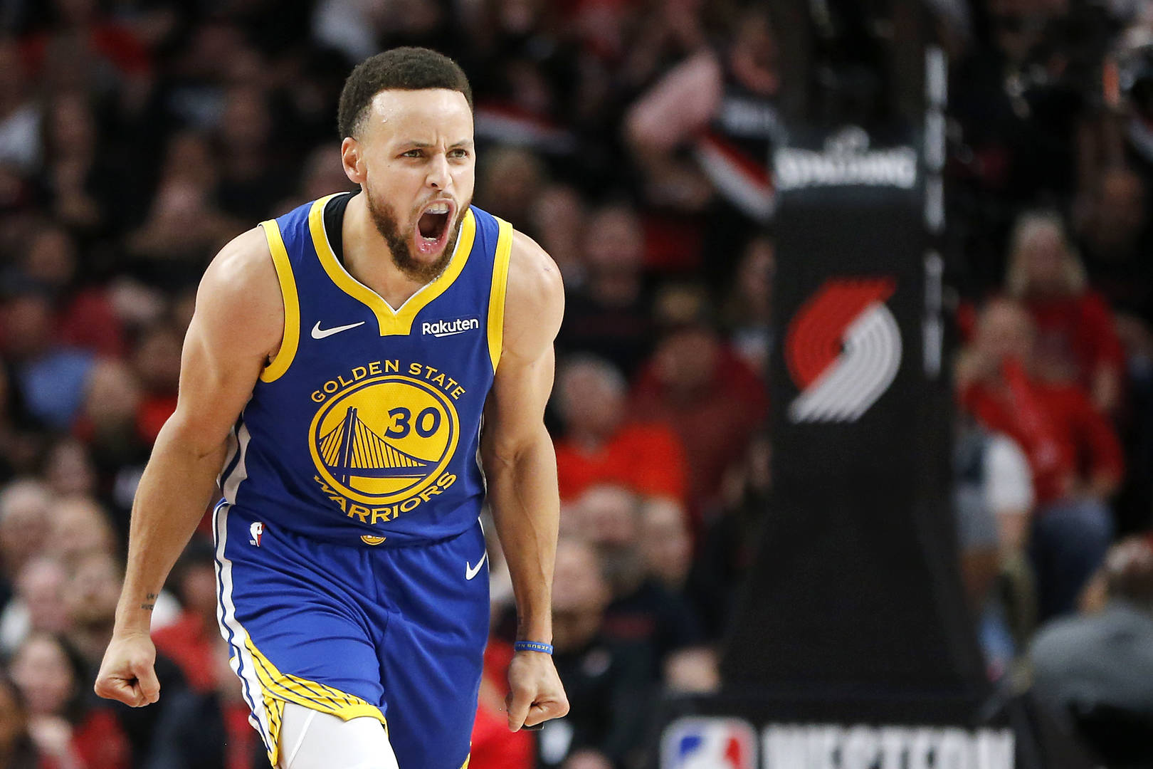 Steph Curry, Contract